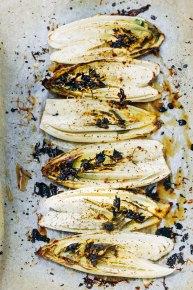gegrilde witlof met basilicum-debsbakerykitchen