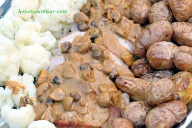 varkensgebraad met champignons